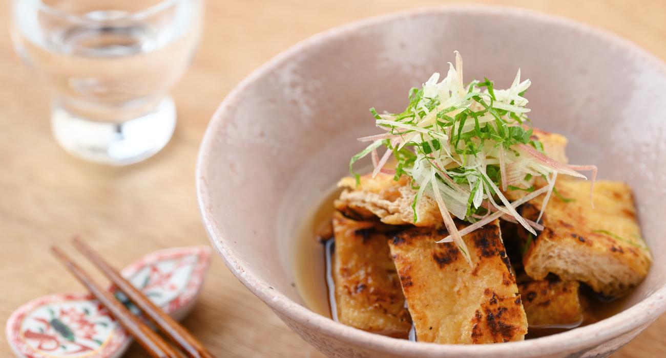 南禅寺豆腐屋 服部の手揚げ 京都ではあげのことを「お揚げさん」と呼び、食卓に欠かせない存在です。